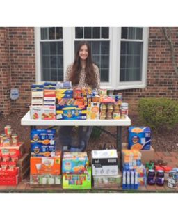 Erin '22 donates $1,500 worth of food to The Trenton Area Soup Kitchen
