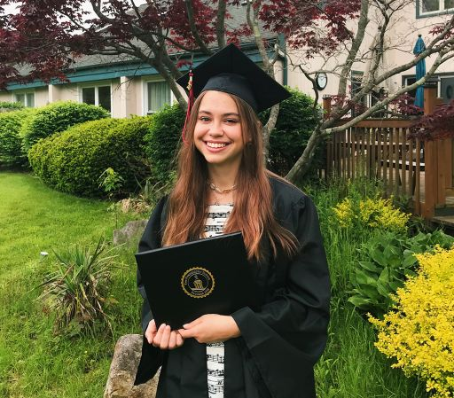 Maria Khartchenko '20 awarded AP International Diploma